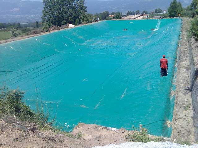 Laghi artificiali teloneria pennente fermo marche for Teli laghetti artificiali
